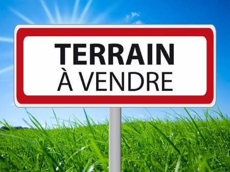 Terrain de 4424 m² dont 800m² constructible