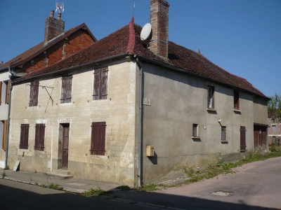 MAISON ANCIENNE A FINIR D'AMENAGER